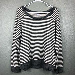 Victoria's Secret pullover sweater gray white L